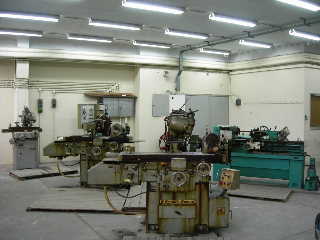 Machine Workshop Lab